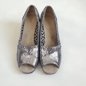 Tom's wedges, size 9, silver heels, women's shoes